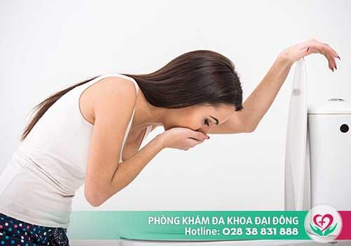 Nôn hoặc buồn nôn là triệu chứng có thai điển hình