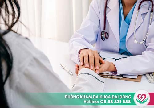 Chị em cần đến gặp bác sĩ để được tư vấn phương pháp đình chỉ thai an toàn