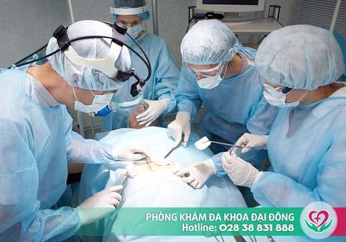 Phẫu thuật cắt u nang tinh hoàn là phương pháp điều trị duy nhất